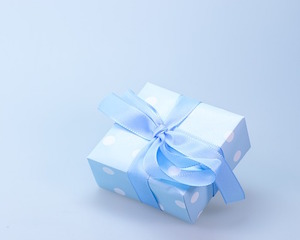 gift-548290_640